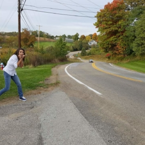 beth-being-frightened-and-silly-on-the-road-from-night-of-the-living-dead